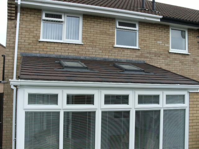 Conservatory with tiled roof & rooflights