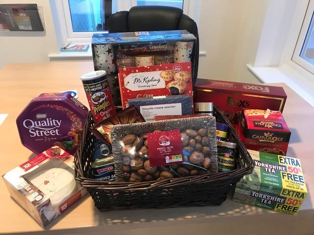 Christmas-Hamper-Donation